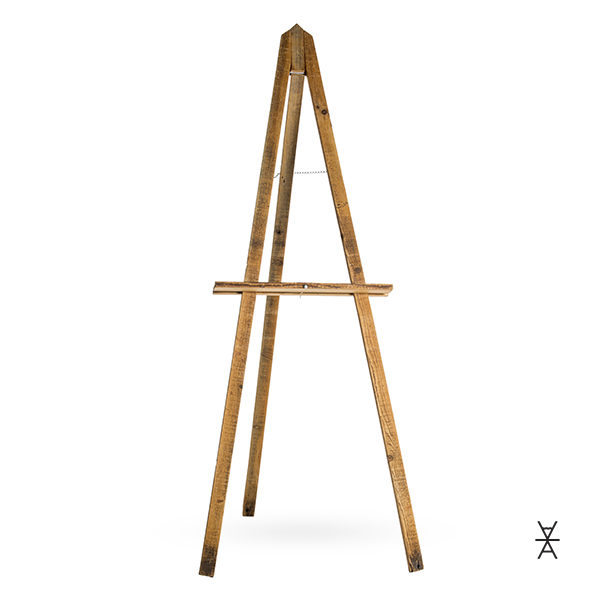 A La Crate Rentals Madison Wisconsin. Hand built reclaimed wood adjustable easel. EASEL RENTALS WI