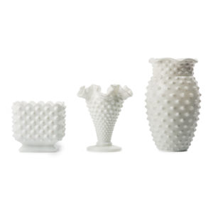 ALaCrate-Rentals-Milk-Glass-Vases-Centerpieces-WeddingDecor