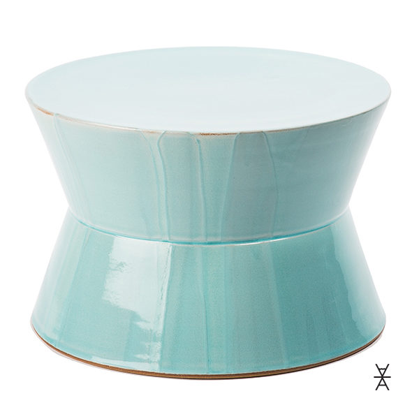 ALaCrate-Rentals-Stand-Cake-JDWolfe-Robins-Egg-Blue-Pottery-Wedding-Event-Display
