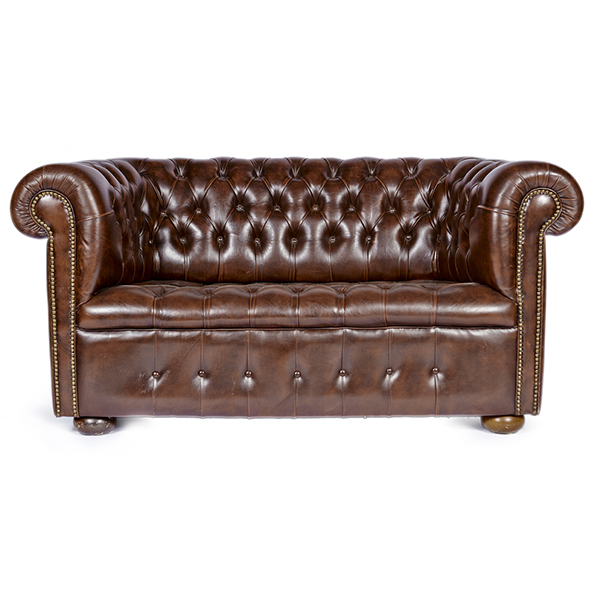 Chesterfield Sofa Rental A La Crate Rentals Furniture Rental