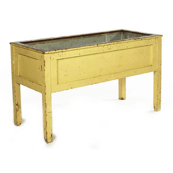 ALaCrate-Rentals-Vintage-Wedding-Event-Wash-Basin-Yellow-Low-Self-Serve