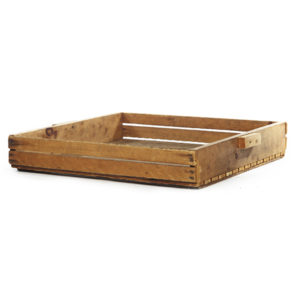 ALaCrate-Rentals-Wood-Crate-CranberrySifter-Side-Display-Event-Wisconsin