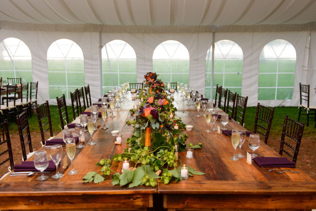 ALaCrateRentals-Amelia-John-Photography-King-table-harvest