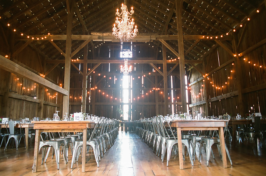 ALaCrateRentals-Emily-Steffen-Photography-barn-wood-tables-Over-the-Vines