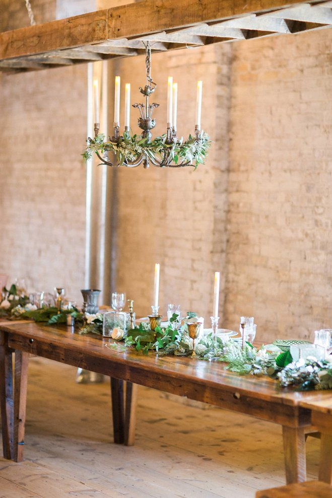 ALaCrateRentals-Booth-Photographics-Madison-wedding-photographer-Harvest-Table-Head-The-Lageret