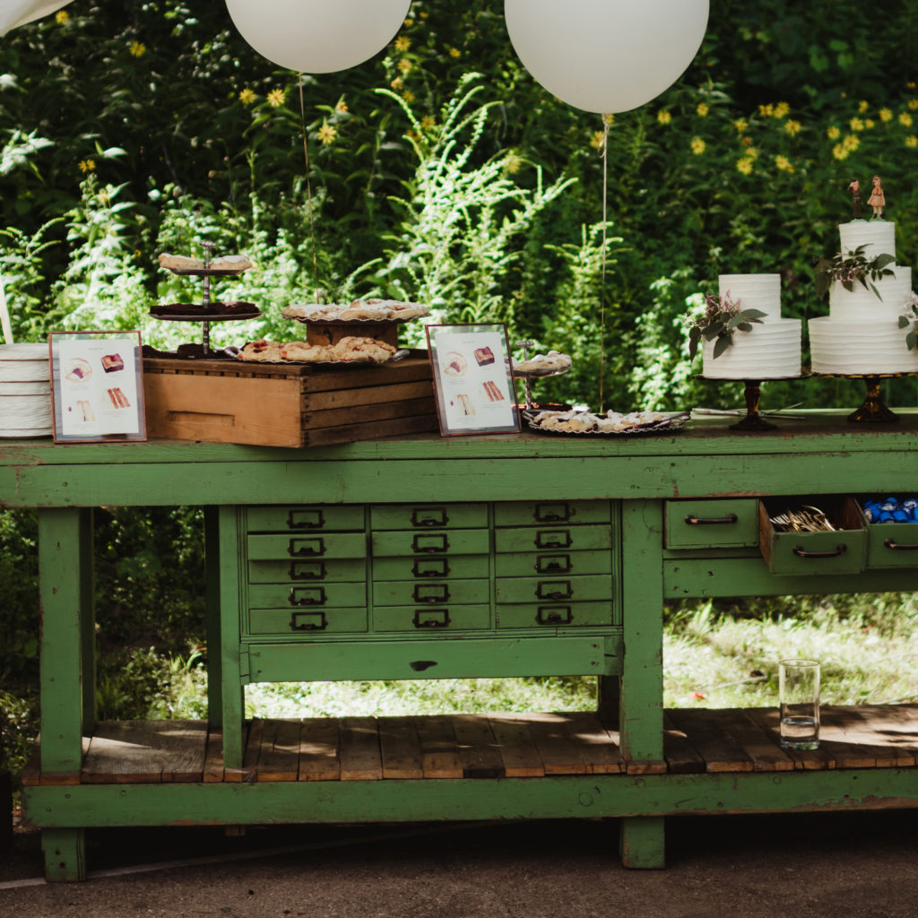 ALaCrateRentals-Twig-&-Olive-Green-Workbench-Camp-Wandawega-destination-wedding
